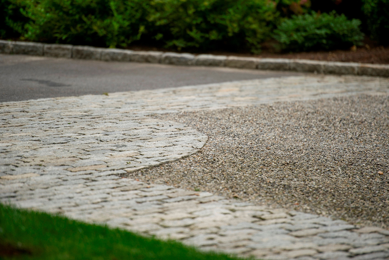 The LaurelRock Company - Residential Landscaping in CT - Back Country Manor - Driveway Pavers and Pebbles