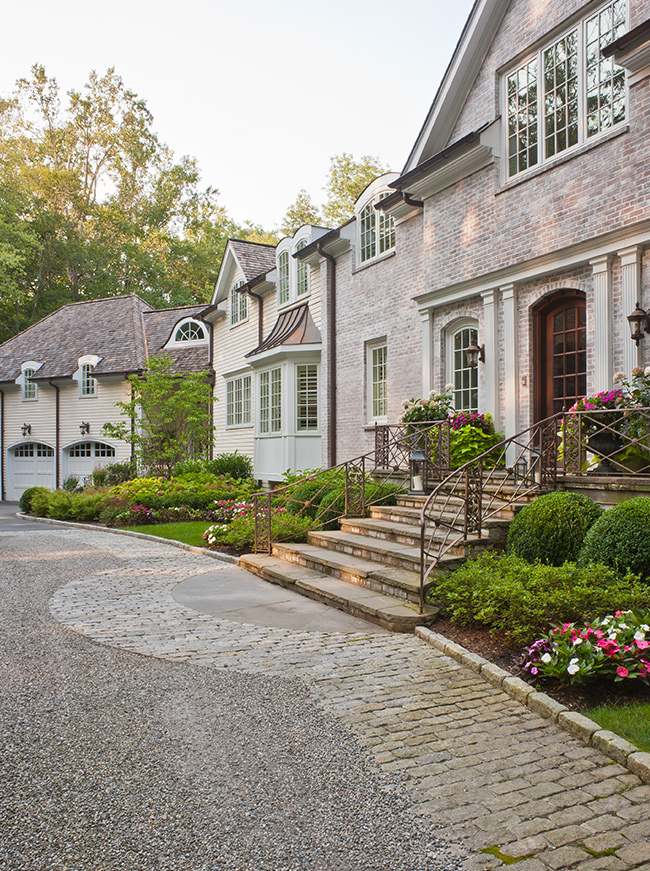 The LaurelRock Company - Residential Landscaping in CT - Back Country Manor - Front Entry and Driveway