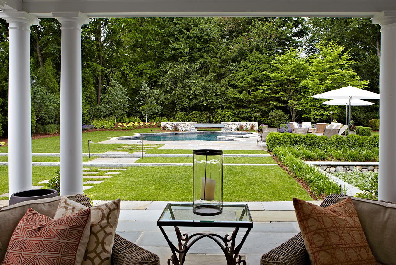 The LaurelRock Company - Residential Landscaping in CT - Hollow Tree Ridge - Outdoor Living Vignette