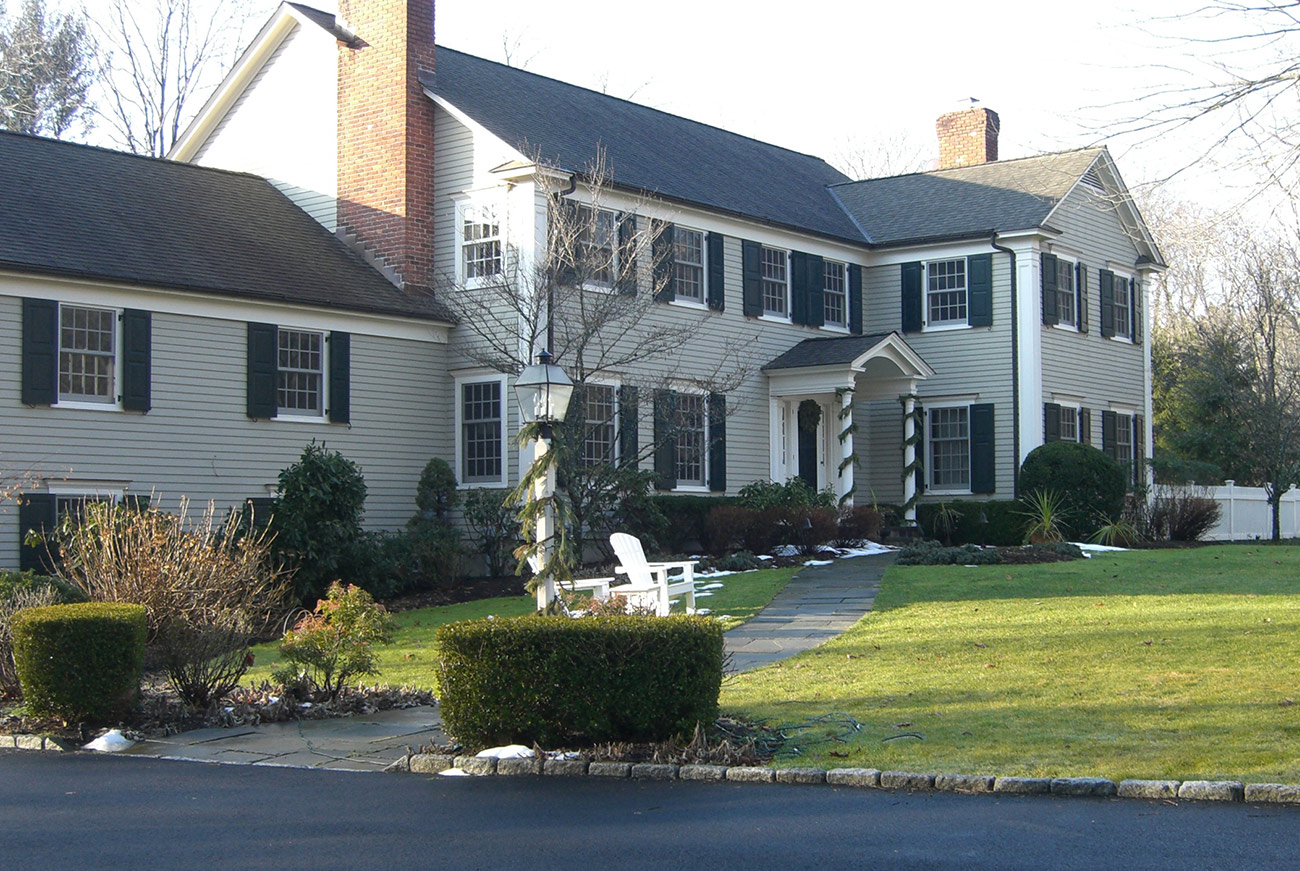 The LaurelRock Company - Residential Landscaping in CT - Hollow Tree Ridge - Before Front
